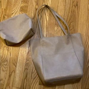 American Eagle taupe tote and pouch